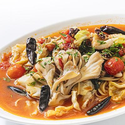 魚介と群馬県産野菜のベスビオスパゲッティ
